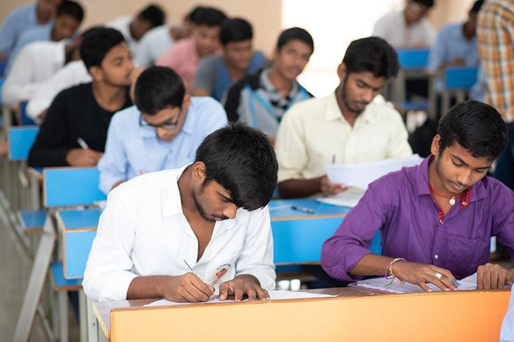 AKTU/UPTU 2021: Application Form, Eligibility, Dates, Exam Pattern, Syllabus